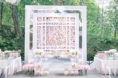An outdoor wedding all dolled up into a whole new level! The romantic floral backdrop successfully pulls out a contemporary and refined flair to the sweetheart table design.