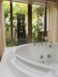 巴里島Mulia Villas 別墅–按摩大浴缸