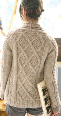Wrap yourself in this free knitting pattern that's full of elegance and warmth.  You'll love how the Aidez Fitted Cardigan goes with nearly everything in your wardrobe!