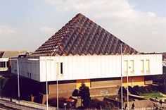 The Dolphin Centre, viewed from the Mercury Gardens car park (see map), March 1999. http://www.romford.org/sports/swimming/dolphin/dolphin02.htm