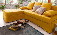 """Draußen ist immer noch alles """"grau in grau""""? Dann macht es euch drinnen gemütlich! Zum Beispiel mit der strahlend gelben Polsterecke mit praktischer Bettfunktion – da ist gute Laune garantiert!"""