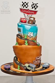 cars Mater and Lightening birthday cake