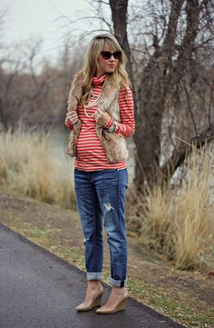 I wish it were cool enough to wear this outfit now, because I have almost the exact same one!   27 Weeks Pregnant - Perfection Possibilities maternity style