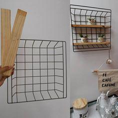 23 Clever DIY Christmas Decoration Ideas By Crafty Panda Diy Locker, Diy Casa, May Designs, Plant Shelves, Diy Wall Decor, Home Decor, Room Decor Bedroom, Home Accessories, Decoration