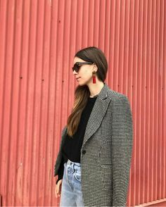 mamma haim's jacket ❤️ Casual Summer Outfits, Cool Outfits, Fashion Outfits, Haim Style, Rockabilly, Danielle Haim, Rock And Roll, Indie, Grunge