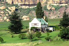 At Rehoboth Lodge - Clarens Accommodation. Corner Bath, Queen Room, Free State, View Map, Double Bedroom, Lodges, Countryside, Cottage, Patio