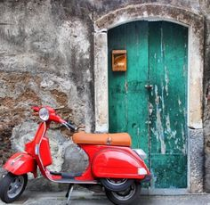 Happy birthday to the Vespa, the iconic symbol of Italy's la dolce vita. The Vespa scooter just turned 70 and it looks better than ever with a resurgence of popularity evidenced by seeing its sales triple in the past ten years. Studio Background Images, Background Images For Editing, Black Background Images, Photo Background Images, Blurred Background, Newspaper Background, Hd Background Download, Picsart Background, New Backgrounds