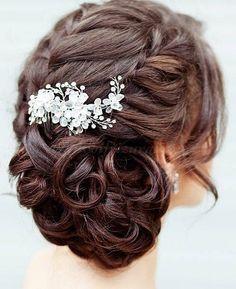 fonott+menyasszonyi+frizurák,+fonott+esküvői+frizura+-+fonott+esküvői+frizura