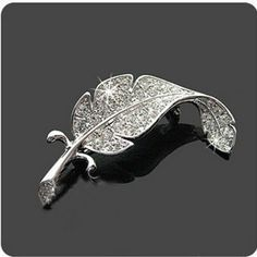 2016 Korean Version Of The New Fashion Sweater Fine Crystal Brooch Feather Brooch Silver Simple Costume Jewelry Wholesale - http://jewelryfromchina.com/?product=2016-korean-version-of-the-new-fashion-sweater-fine-crystal-brooch-feather-brooch-silver-simple-costume-jewelry-wholesale