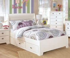 Buy Ashley Kids Furniture Alyn Full Platform Bed with Drawers at  Kids Furniture Warehouse Orlando & Tampa. The Alyn Full bed features solid wood construction and a contemporary style in a soft white painted finish.