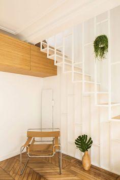 12-escada-branca-cadeira-barcelona