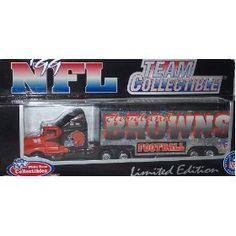 NFL Minnesota Vikings Peterbilt tractor trailer die cast 1:80 football replica