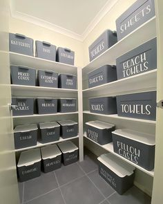 Next level linen closet: A five-tier shelf is filled with 24 containers marked with labels... Home Organisation, Closet Organization, Closet Labels, Organizing Labels, Organising, Linen Cupboard, Clean Sweep, Declutter Your Home, Towel Set