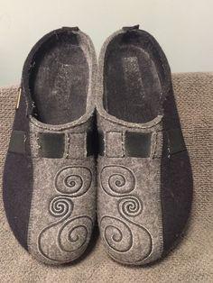 92ff2afd17 Haflinger Black Boiled Wool Women s Shoes EU Sz 40 US 9-9.5 Mules Clogs  Slip Ons