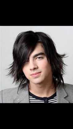 Pictures gallery of long hairstyles for boys long hairstyles for boys for Short Long Medium Haircuts Hair Styles Picture Pinned B. Side Part Hairstyles, Oval Face Hairstyles, Boys Long Hairstyles, Haircuts For Long Hair, Fancy Hairstyles, Cool Haircuts, Oval Haircut, Latest Hairstyles, Men's Haircuts