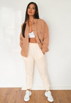 Fall Winter Outfits, Autumn Winter Fashion, Summer Outfits, Missguided, Black Hoodie, Capsule Wardrobe, Snug Fit, Fashion Forward, Button Downs