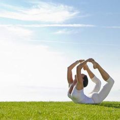Ninety seconds of daily Yoga-pose 'Side-Plank [Vasisth-Asana] is good for people with hunchbacks: A new research has revealed that a basic yoga-pose, 'Side-plank' ('Vasisth-asana'), if done for an average of only 1.5 minutes a day, six days a week for two months, it reduces idiopathic scoliosis curves by 32 percent for adolescent and adult patients. .....http://www.dnaindia.com/health/report-90-seconds-of-daily-yoga-pose-is-good-for-people-with-hunchbacks-2025394