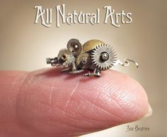 Stunning Miniature Animal Sculptures Made of Recycled Watch Parts – Design Swan Arte Steampunk, Steampunk Costume, Small Sculptures, Animal Sculptures, Steampunk Animals, Arte Robot, Gear Art, Steam Punk Jewelry, Steampunk Accessories