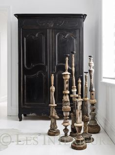 Black and wood déco /Martine Haddouche/
