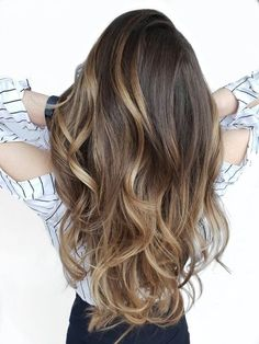 Get the details for this makeover for a client who drives 6 hours to meet with her favorite colorist. Balayage Brunette Long, Brown Hair With Blonde Balayage, Bronde Balayage, Dark Hair With Highlights, Brunette To Blonde, Hair Color Dark, Hair Color Balayage, Babylights Blonde, Hair Color Formulas