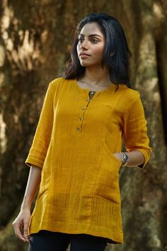 Summer Sun Pocket Tunic – The Kaithari Project Short Kurti Designs, Kurta Designs Women, Kurti Neck Designs, Kurti Designs Party Wear, Kurti With Jeans, Tunic Designs, Short Tops, Look Cool, Summer Sun