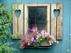 House with pink door and shutters Window Box Flowers, Window Boxes, Flower Boxes, Cottage Windows, Garden Windows, Old Windows, Windows And Doors, Window Shutters, Window View