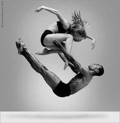 Dance. Movement. All Different. All Art. Photo by Howard Schatz, 2007.