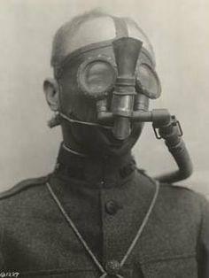 French Tissot gas mask WW1