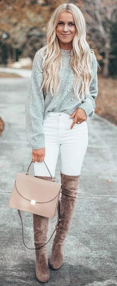 40 Awesome Winter Outfit Ideas - #winteroutfits #winterstyle #winterfashion #womenoutfits