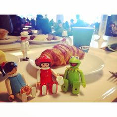 #ikea #立川 #イケア #カーミット #muppets #playmobil #playmo #playmobilfigure #iloveplaymo #toy #toystagram #toyrevolution #toyphotography #kawaii #プレイモービル #プレモ #おもちゃ #かわいい