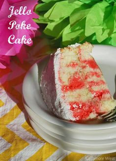 Raspberry Jello Poke Cake! Such an easy summer cake recipe! -- Tatertots and Jello
