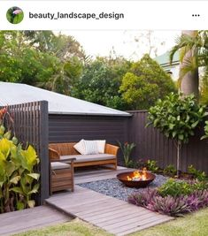 feuerstelle garten 7 Small Backyard Seating Area Ideas That Work Best Backyard Seating, Backyard Garden Design, Small Backyard Landscaping, Small Garden Design, Fire Pit Backyard, Garden Seating, Patio Design, Small Patio, Backyard Fireplace