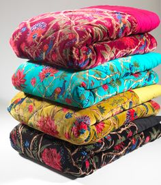 Velvet quilted bedcover
