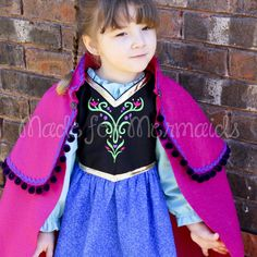 Hooded Caplet to Anna's Cape FREE