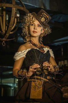 Photograph Юля_стим by Inna Kowalska on Steampunk Chat Steampunk, Mode Steampunk, Style Steampunk, Steampunk Couture, Steampunk Design, Steampunk Cosplay, Victorian Steampunk, Steampunk Clothing, Steampunk Fashion