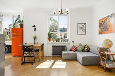 Living Together, Living Room Remodel, Scandinavian Home, Living Spaces, Cool Designs, Condo, Sweet Home, Gallery Wall, Bedroom