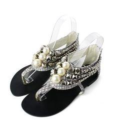http://www.donnaclassey.com/2013/03/pretty-studs-and-pearls-chunky-trim.html
