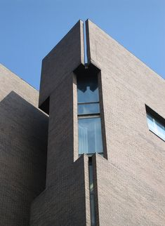 Richards Medical Research Laboratories. Louis Kahn. 1960. University of Pennsylvania in Philadelphia, Pennsylvania, U.S