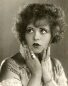 Portrait of Clara Bow from Red Hair by Eugene Robert Richee. Old Hollywood Stars, Vintage Hollywood, Classic Hollywood, Silent Film Stars, Movie Stars, Hollywood Glamour Photography, Hands On Face, Viejo Hollywood, Clara Bow