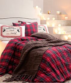 Lumberjack style bed ..... I'm in love for the holidays