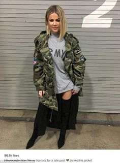 'Never too late for a late post': Khloe Kardashian robbed boyfriend Tristan Thompson's camouflage jacket to pose on Veteran's Day Winter Outfits, Casual Outfits, Cute Outfits, Fashion Outfits, Estilo Khloe Kardashian, Khloe Kardashian Hair Short, Khloe Kardashian Tristan Thompson, Kardashian Fashion, Parka Kaki