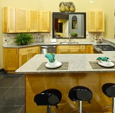 A Classic Shaker Kitchen Cabinet Style
