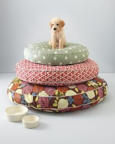 super cute dog beds - Garret Hill Dog Bed Collection @Parker Crockett you never told me that Garret makes pizza, spicy chicken wraps AND dog beds!