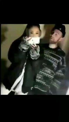 Ariana Grande The Way, Ariana Grande Boyfriend, Ariana Grande Fotos, Ariana Grande Photoshoot, Ariana Grande Outfits, Ariana Grande Pictures, Best Rap Music, Mac Miller And Ariana Grande, Frankie Grande