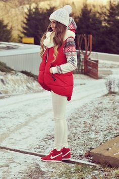 Winter outfit, Look para invierno Sporty Outfits, Casual Fall Outfits, Fall Winter Outfits, Winter Wear, Sexy Outfits, Winter Fashion, Cool Outfits, Fashion Outfits, Womens Fashion