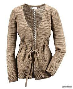 Fashionable cardigan with needles Lace Sweater, Knit Cardigan, Cardigans For Women, Refashion, Pretty Outfits, Autumn Winter Fashion, Knitwear, Knit Crochet, Women Wear