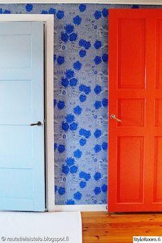 makuuhuone,lautalattia,vanha ovi,pihlgren & ritola,sininen ovi