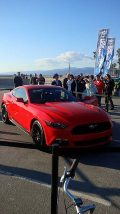 Red Ford 2015 Mustang