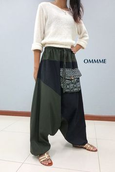 OMMME harem pants 019 green and black by Ommme on Etsy - Hosen Street Dance, Couture, Moda Indiana, Bohemian Mode, Boho Fashion, Fashion Outfits, Peasant Skirt, Apron Dress, Gypsy Style