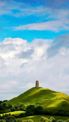 St Michael's Tower, Glastonbury Tor, Glastonbury, Somerset, England via wallsdl by Nobuo Tsuchiya. Europe Travel.